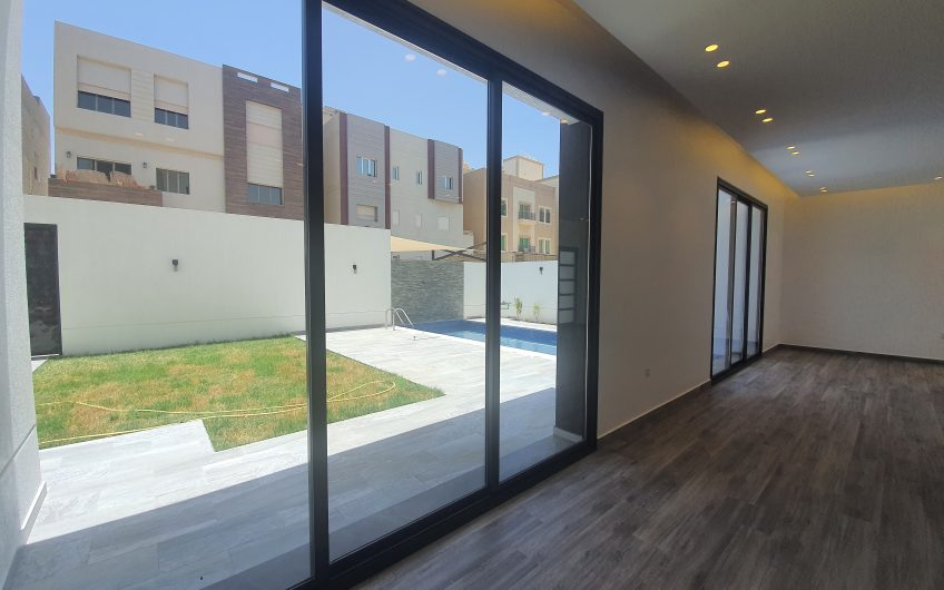 A Very modern and Brand New Villas in Abu Fateera