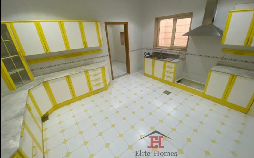 Spacious Floor in Salwa