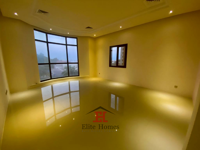 Luxury and Spacious Apartment in Fintas with a Sea view