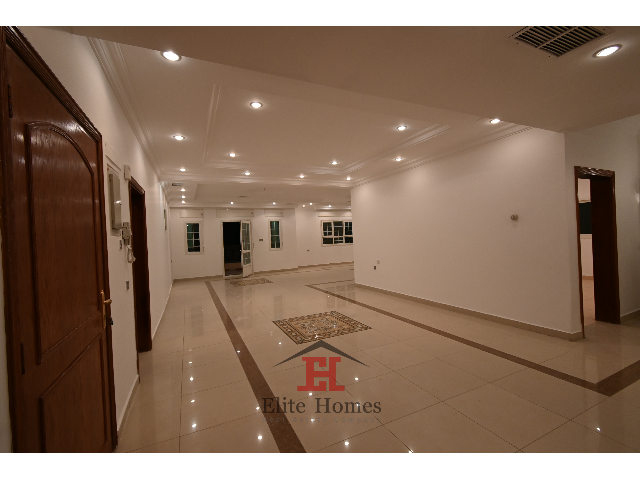 Classical and spacious villa in Bayan area