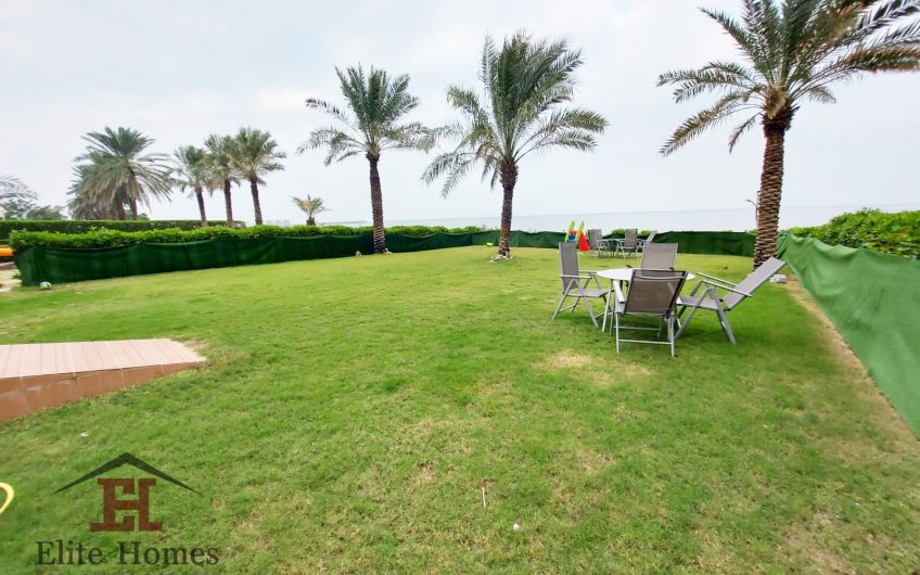 Elegant and Luxurious Apartments by the Beach in Abu Hasaniya