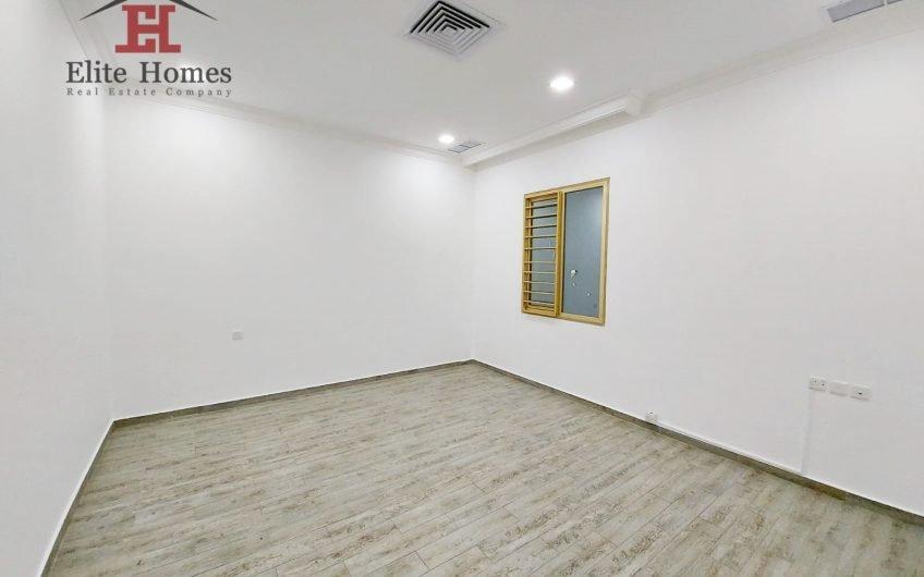Elegant Spacious Duplex Apartment in Salwa