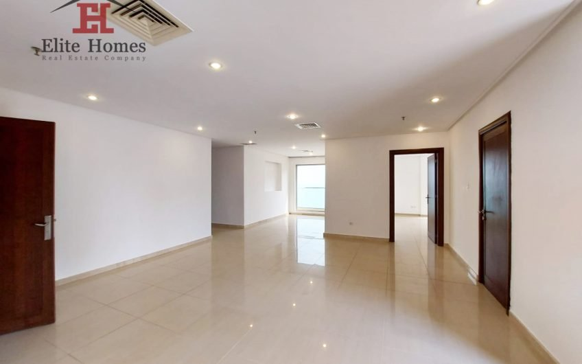 Luxurious Seaview Apartment in Salmiya